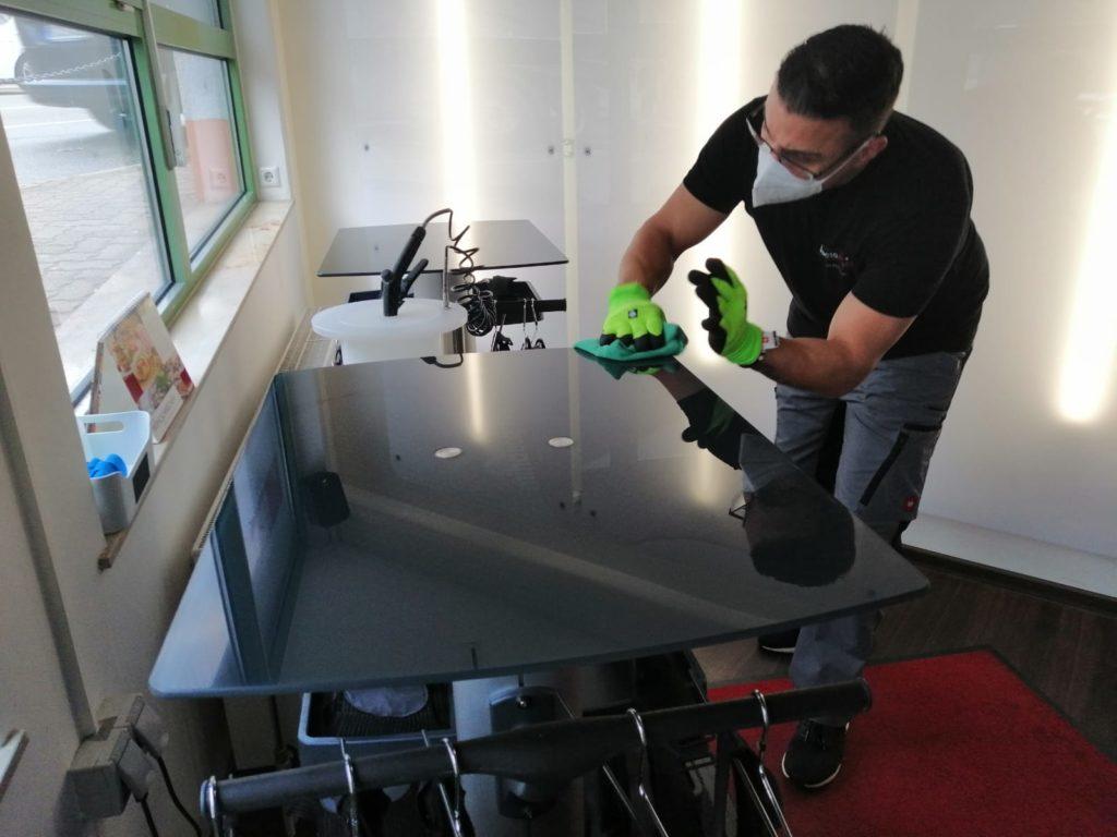 Hohe Hygienestandards bei Bodystreet-Studios mithilfe von BactoAttaQ.